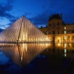 Le Louvre Pyramid - Complex